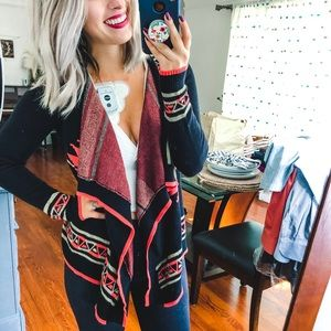 Hooked Up By IOT Black Fall Cardigan Small